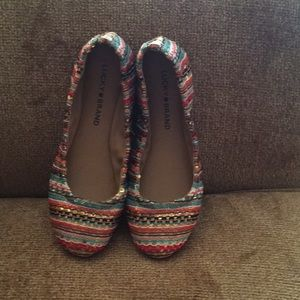 Lucky Brand size 6 multi colored shoes